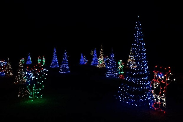 Space Coast Lightfest | Your incredible Christmas light drivethrough